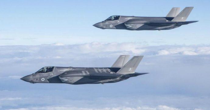 """Nato, """"via libera a F35 italiani per la difesa aerea"""". Sei aerei schierati in Islanda"""