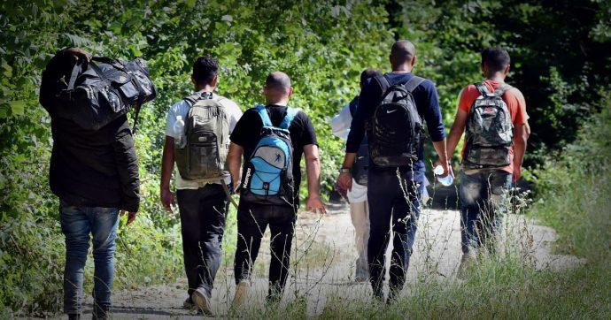 """Migranti, un gruppo Facebook per rintracciare le persone scomparse sulla rotta balcanica. Ong: """"2000 morti dal 2015"""""""
