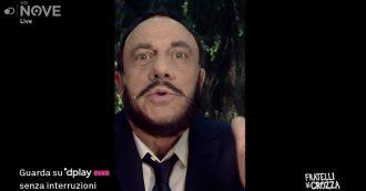"""Crozza-Salvini contro il vescovo di Bologna: """"Toglie il maiale dai tortellini? E poi togliamo l'uva dal vino e i fondi russi dalla Lega?"""""""