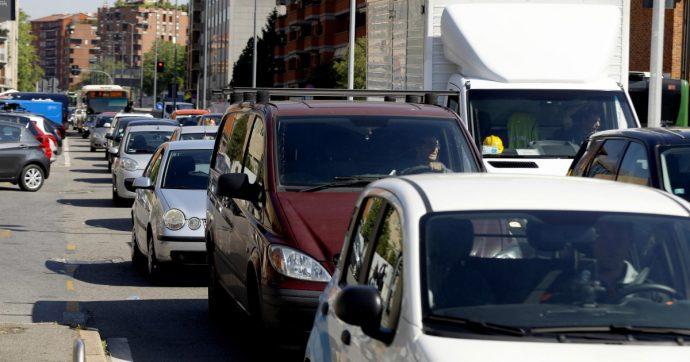 Auto, il 35% del parco circolante in Italia ha oltre 13 anni di età