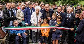 """Milano, la senatrice Liliana Segre inaugura il nuovo Giardino dei Giusti: """"Scelsero di non essere indifferenti, sono un dono dell'umanità"""""""
