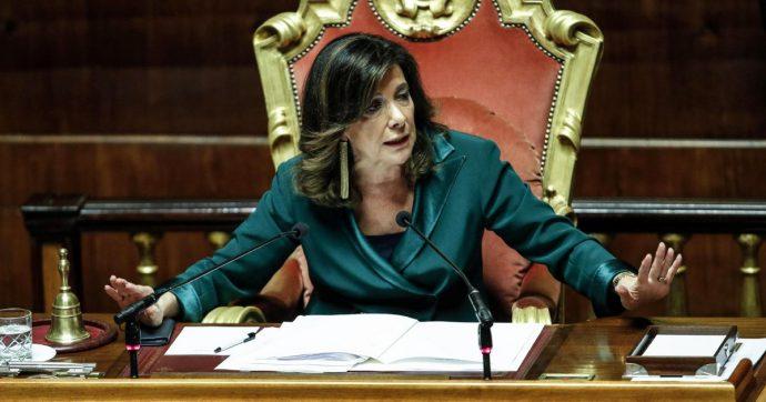 In Edicola sul Fatto Quotidiano del 6 Ottobre: Vitalizio d'oro: il Senato ai piedi della Casellati