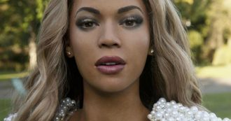 """Beyoncé, il padre rivela: """"Ho un tumore al seno"""". È uno dei pochi uomini vittima di questa malattia"""