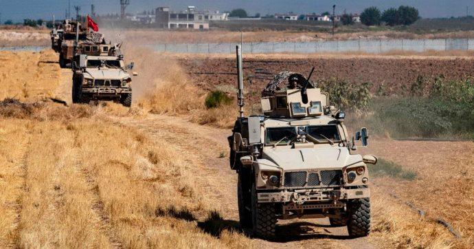 """Siria, media: """"La Turchia ha iniziato a bombardare obiettivi curdi. Nel mirino lo Ypg"""""""
