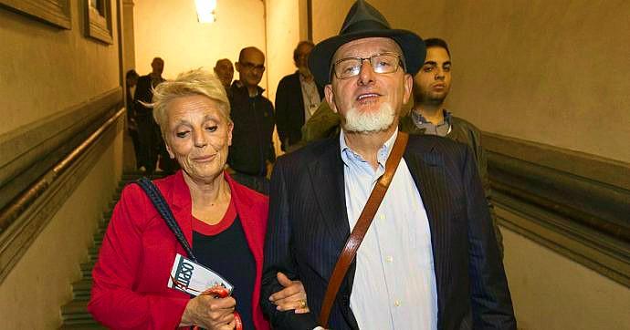 I genitori e la sorella di Matteo Renzi saranno processati per reati fiscali relativi alla conduzione della società di famiglia