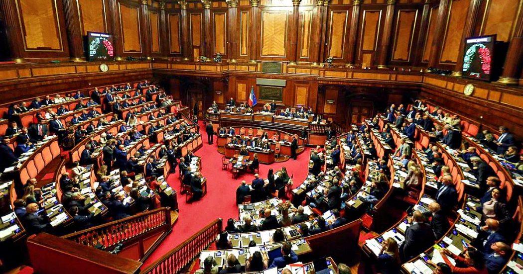 Senato, Renzi fa ostruzionismo: slitta dl Intercettazioni. M5s: 'Italia viva cambia sempre idea'. Casellati: 'Serve patto etico col Parlamento'