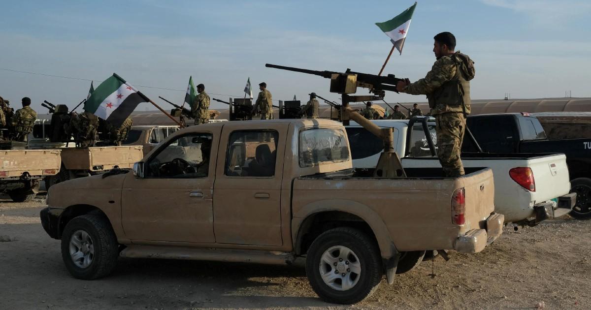 Siria, il ritorno dei curdi sotto la protezione di Damasco deve farci pensare. E al diavolo l'ipocrisia