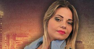 Agatina Arena, la cantante neomelodica incide un disco con i soldi del reddito di cittadinanza: denunciata per truffa aggravata