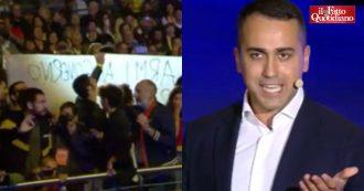 """Italia 5 Stelle, irruzione di contestatori per stop armi alla Turchia. E Di Maio risponde dal palco: """"Lunedì chiederò che tutta la Ue lo faccia"""""""