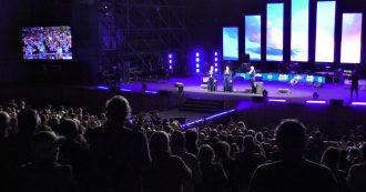 M5s, lungo applauso e standing ovation per Falcone e Borsellino a Italia 5 stelle