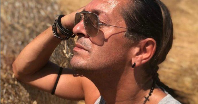 """Morto Manuel Frattini, addio al divo dei musical e coreografo di """"La sai l'ultima?"""" e """"Fantastico"""": aveva 54 anni"""