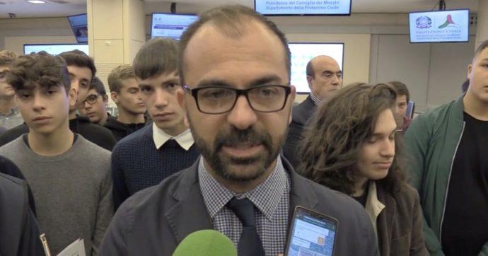 """Lorenzo Fioramonti si è dimesso, il suo post d'addio: """"Ai ragazzi chiedo di non arrendersi alla politica del 'non si può fare'"""""""