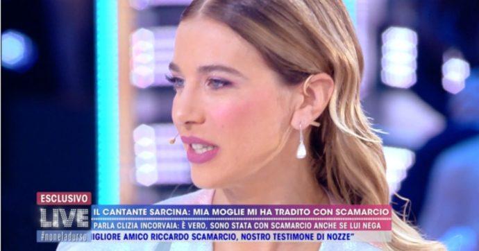 """Clizia Incorvaia, l'ex moglie di Francesco Sarcina a """"Live Non è la D'Urso"""": """"Chiedeva materiale pornografico alle fan"""""""