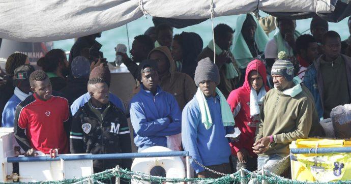 Migranti, il popolo italiano dai buoni propositi vive solo nel libro Cuore