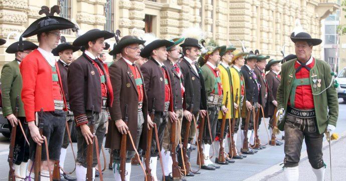 Alto Adige, approvata la cancellazione del nome da una legge. Bazzecole da osteria