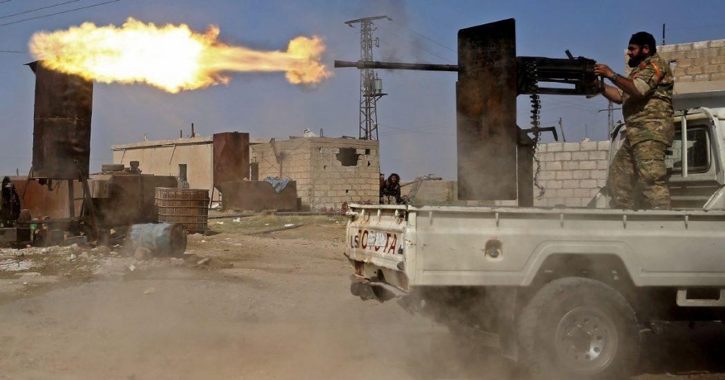Ankara bombarda i reporter, i curdi cercano Siria e Russia