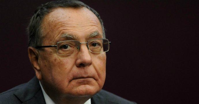 Paolo Bonaiuti è morto, addio allo storico portavoce di Berlusconi. Fu per tre volte sottosegretario a Palazzo Chigi. Poi seguì Alfano