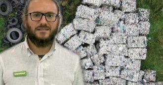 """La denuncia di Greenpeace: """"In Polonia tonnellate di plastica italiana abbandonata"""""""