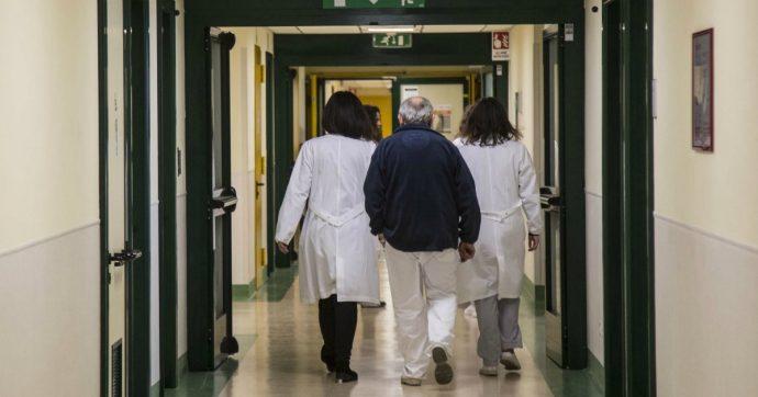 Sanità, alla Kpmg milioni per i piani di rientro di 5 regioni in dissesto. Ma in tre di queste controllore e controllato coincidono