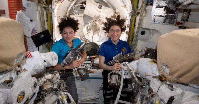 Nasa, prima passeggiata di sole donne fuori dalla Stazione spaziale internazionale