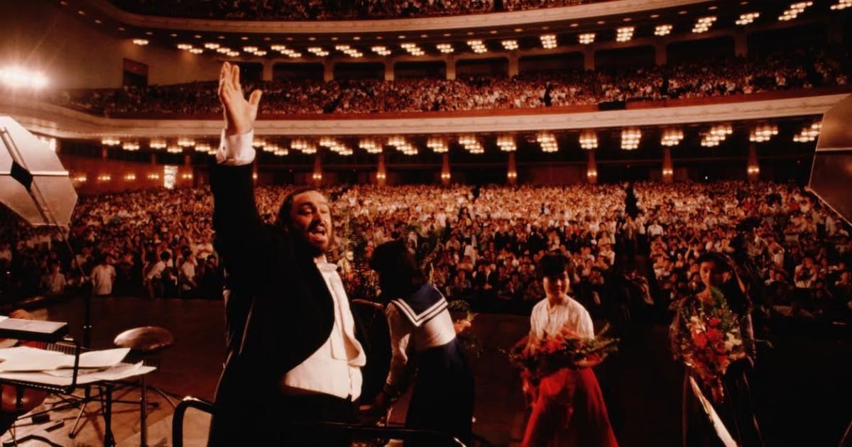 Pavarotti, il nuovo documentario di Ron Howard offre un ritratto umanissimo e grandioso del Maestro