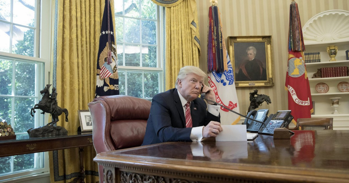 La rivolta dei diplomatici rivela i complotti di Trump