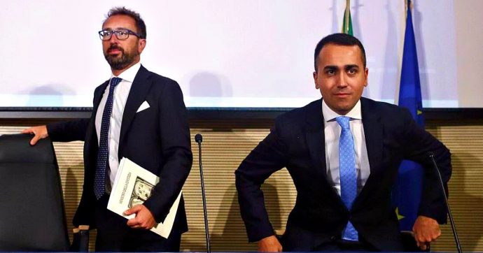 """Carcere per i grandi evasori, ipotesi soglia a 100mila euro. Bonafede: """"Pacchetto pronto"""". Landini: """"No a retromarce o ci mobilitiamo"""""""