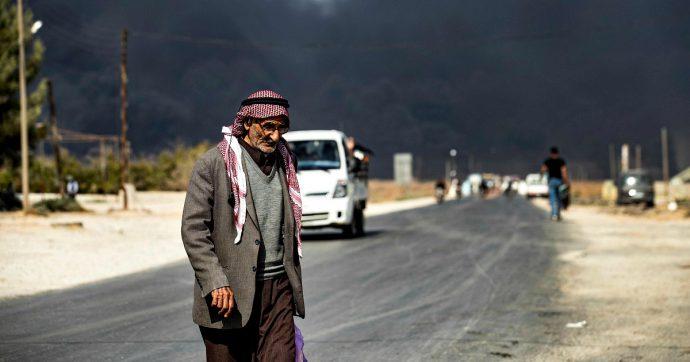 """Siria, curdi: """"Evacuati nostri combattenti da Ras al-Ayn"""". E gli Usa annunciano: """"I nostri soldati saranno spostati nell'Iraq occidentale"""""""