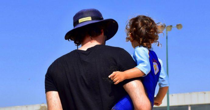 I timori odierni sulla paternità sono il frutto della disillusione. In fondo, 'chi te lo fa fare'?
