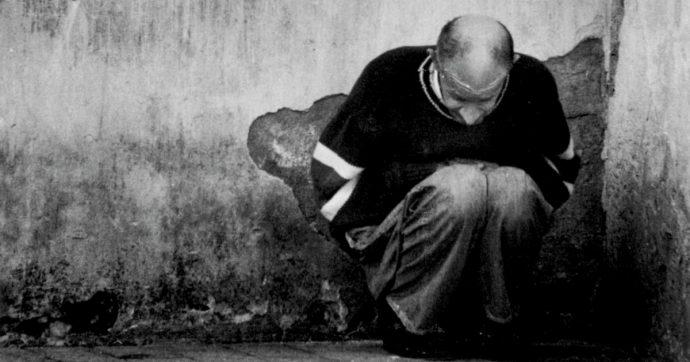 'Lacrime di polvere', per ricordare la storia e la sofferenza negli istituti psichiatrici