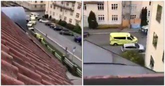 Oslo, si lancia sui pedoni con l'ambulanza: tenta la fuga e la polizia gli spara. Le immagini
