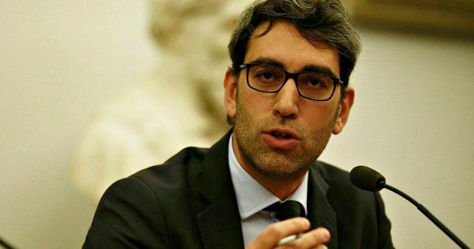 Roma, la Corte dei Conti indaga sul manager M5s Brinchi che si è alzato lo stipendio di quasi 30mila euro all'anno