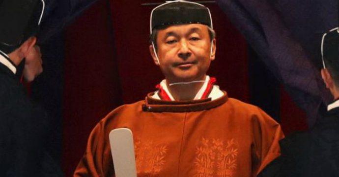 Giappone, Naruhito proclamato imperatore: concede la grazia a 500mila persone
