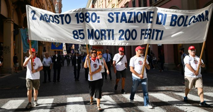 Strage di Bologna, ma la scuola che fa? La Storia è passata ma non è passato