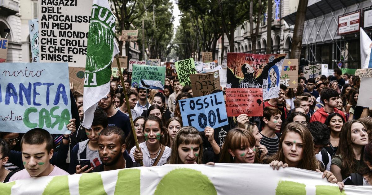 Clima, no ai negazionisti in tv: il cambiamento climatico non è un'opinione