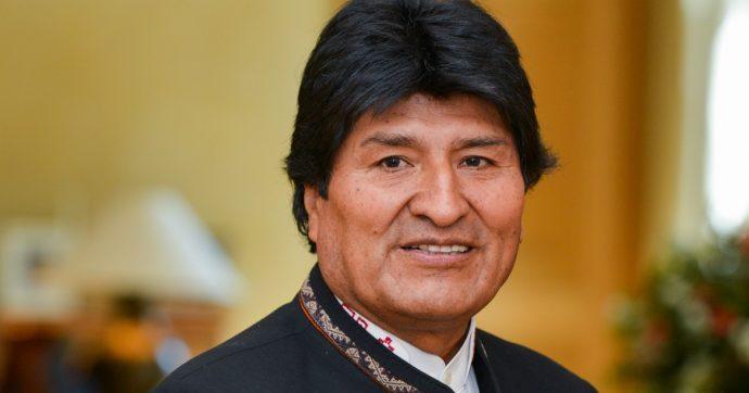 """Bolivia, Evo Morales contro le rivolte dopo la sua rielezione: """"Colpo di Stato"""". E dichiara lo stato d'emergenza"""