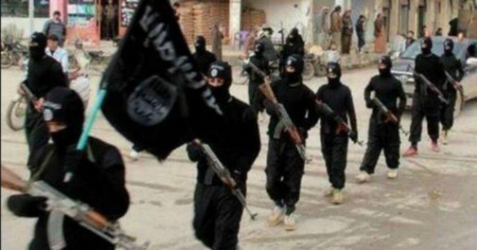 """Turchia: """"Lunedì iniziamo a espellere i foreign fighter dello Stato Islamico verso l'Europa"""""""