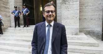 Enrico Laghi, così l'inchiesta Alitalia getta una macchia nera sul curriculum del commissario per tutte le stagioni