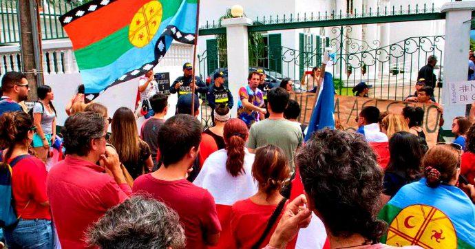 """Cile, almeno un milione in piazza: più che alla fine della dittatura di Pinochet. Il presidente Pinera: """"Abbiamo recepito il messaggio"""""""