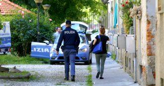"""Milano, """"ustionò i piedi di suo figlio di 2 anni prima di ucciderlo"""": per la procura è tortura"""