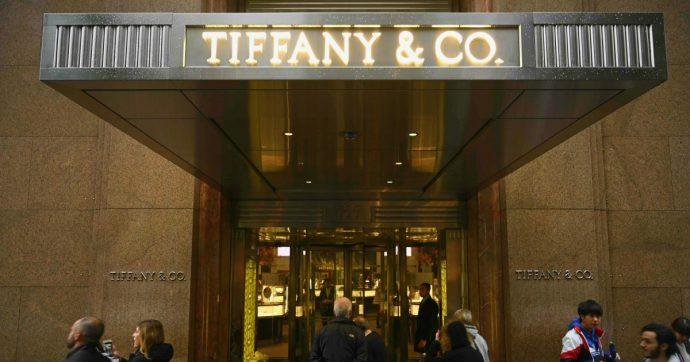 Tiffany, maxi-offerta del gruppo francese che ha Louis Vuitton e Sephora per acquistare la gioielleria più amata da Audrey Hepburn
