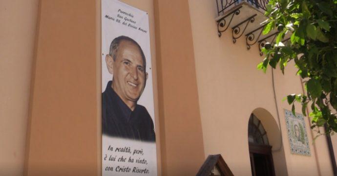 """Palermo, la piazza di don Pino Puglisi a Brancaccio sotto attacco dei vandali. Morra: """"Bisogna insistere sull'educazione dei giovani"""""""