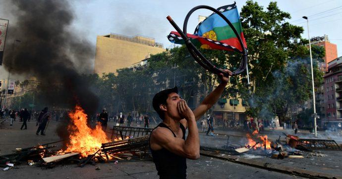 Cile, presidente Piñera cancella conferenza sul clima Cop25 e Forum cooperazione economica Asia-Pacifico a causa delle manifestazioni