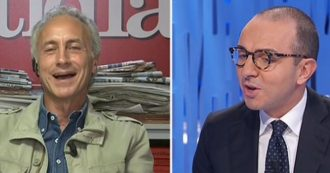 """M5s, Travaglio: """"È un movimento biodegradabile, come ha sempre detto Grillo"""". Battibecco con De Angelis"""