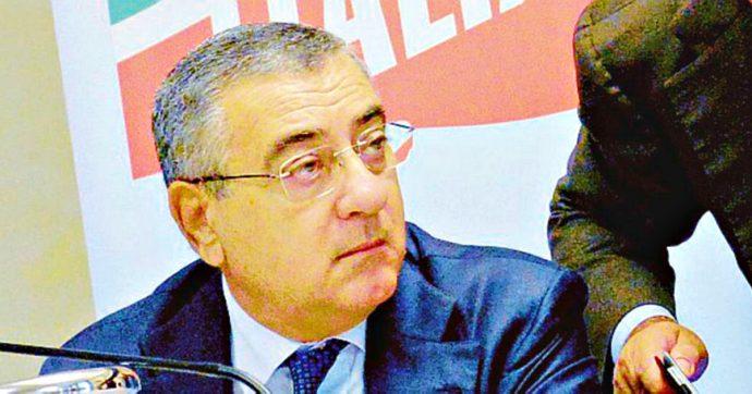 """Luigi Cesaro, le accuse della Dda: """"Interfaccia del clan Puca"""". Il pentito: """"Per manipolare la campagna elettorale mi diede 10mila euro"""""""