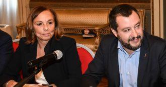 """Migranti, Lamorgese: """"Nessuna invasione"""". Salvini: """"Sbarchi saliti a ottobre"""". Ma aumento era cominciato ad aprile, con lui al Viminale"""