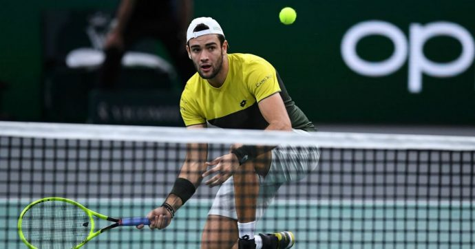 Tennis, Matteo Berrettini si qualifica alle Atp Finals di Londra. Eliminato il francese Monfils