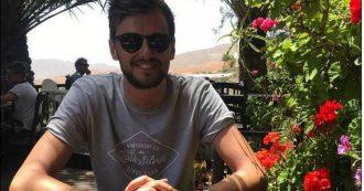 Punto in testa da un insetto mentre è in vacanza, professore di 27 anni muore al rientro a casa