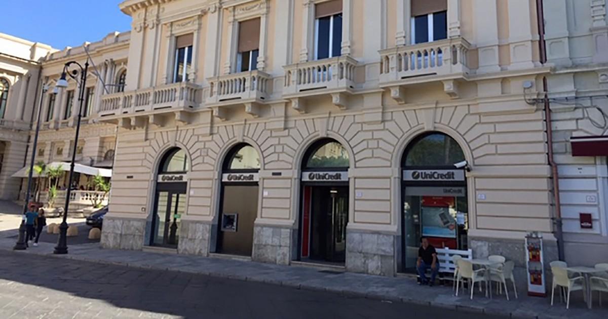 """""""Spennavano i clienti"""": a Reggio Calabria inchiesta su Unicredit. I reati: dall'estorsione all'usura"""