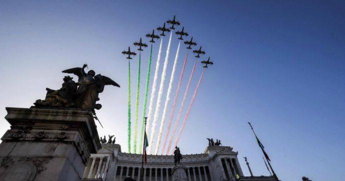 """4 novembre, Mattarella: """"Riassume i valori dell'identità nazionale. I 6mila militari italiani all'estero a difesa dei diritti dei più deboli"""""""